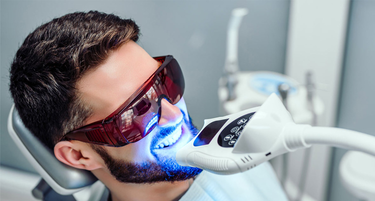 How to pick teeth whitening in Wollongong- Important ways.